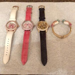 BETSEY JOHNSON (4) watches jewelry bracelet pink